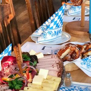 Bayerische Tischdecken, Stoffe und Servietten