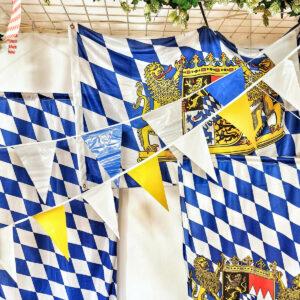 Bayerische Fahnen und Wimpel